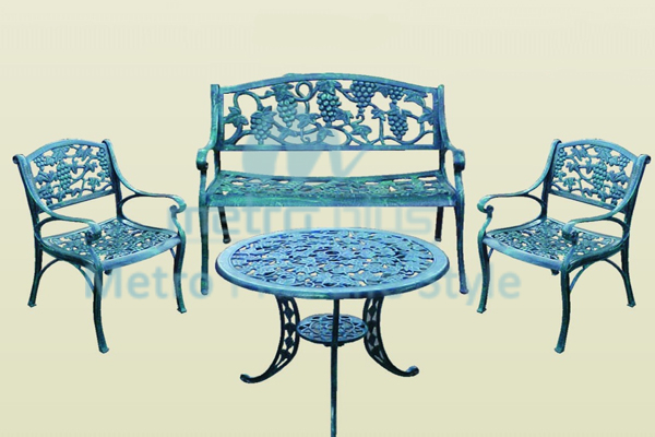 Cast Aluminium Sets