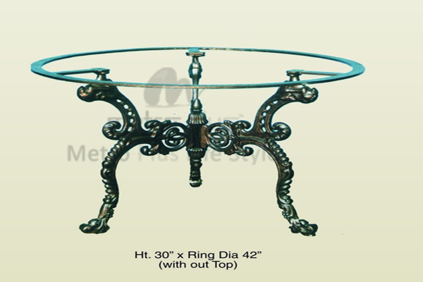 Cast Aluminium Tables